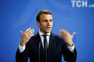 Победа партии Макрона и рекордно низкая явка. Официальные результаты выборов во Франции