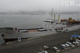 Біля берегів Владивостока судно КНДР подало сигнал SOS