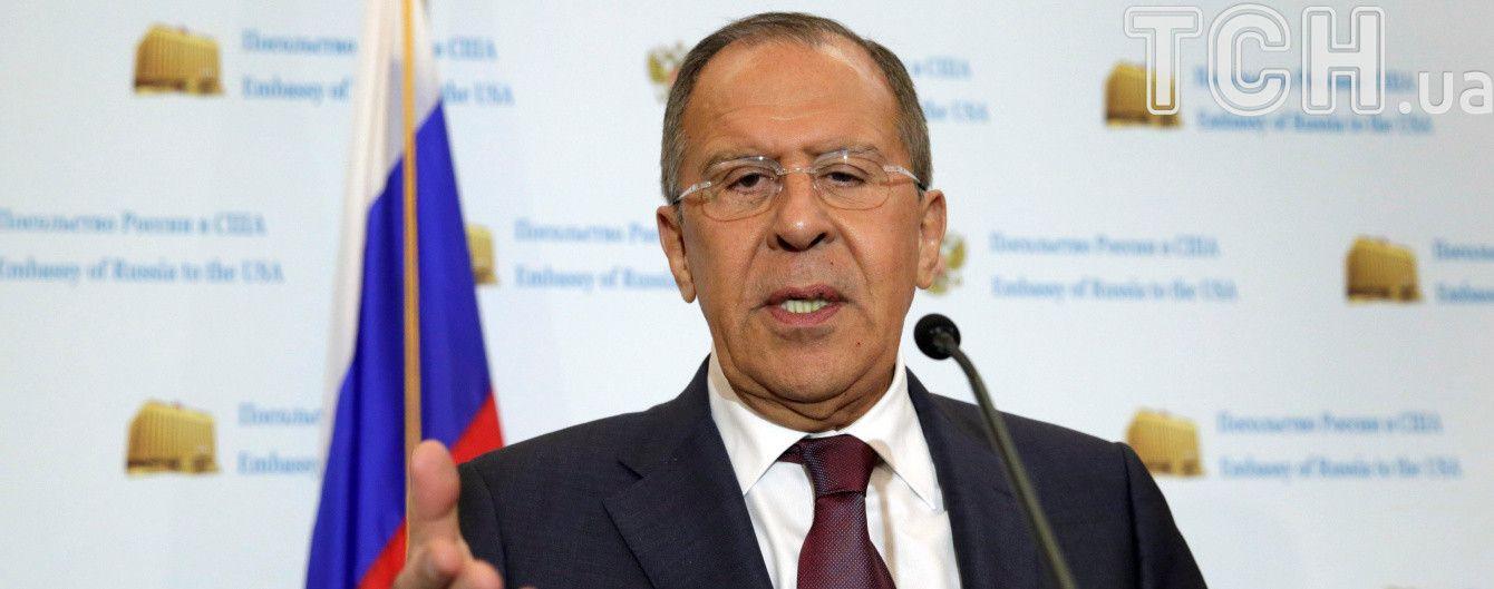 Силовий сценарій на Донбасі може підірвати державність України – Лавров