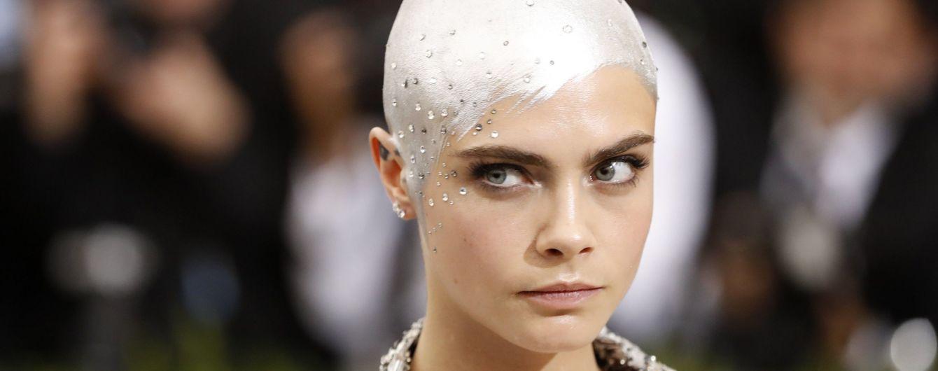 Лысая Кара Делевинь заявила, что устала от стандартов красоты