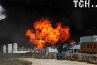 У передмісті іспанської столиці стався вибух на хімзаводі: є десятки постраждалих