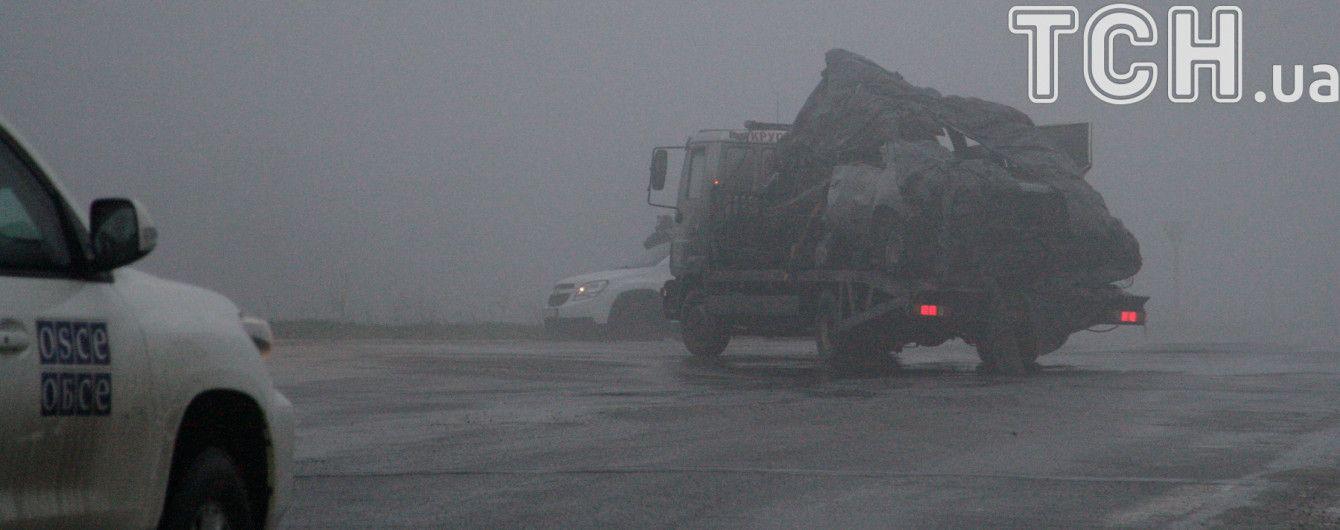 """Подрыв авто ОБСЕ на Донбассе: боевики снимают фейковый """"отход украинской ДРГ"""""""