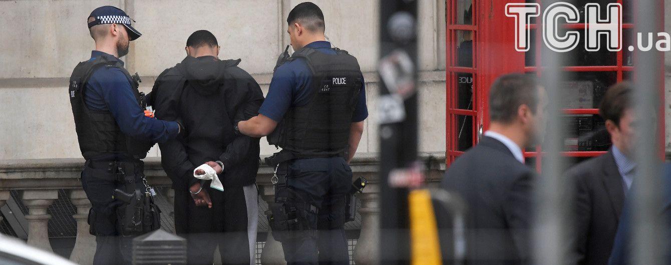 У Великобританії поліція заарештувала 4 підозрюваних у підготовці терактів