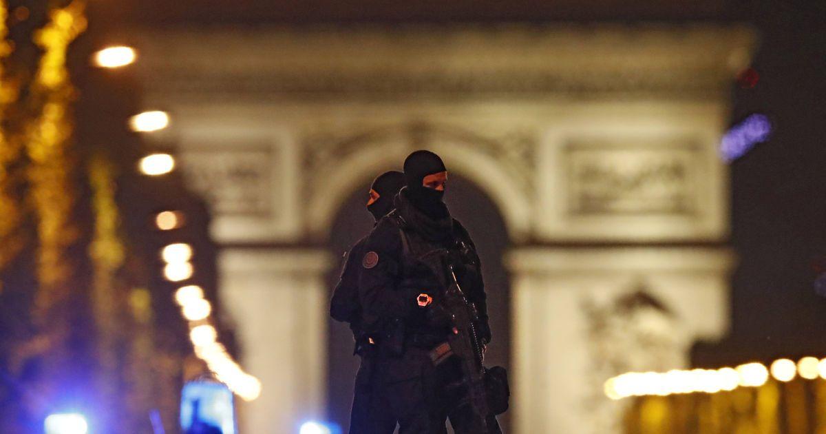 Французские силовики прогнозируют отравления воды и поджоги лесов террористами в Европе - СМИ
