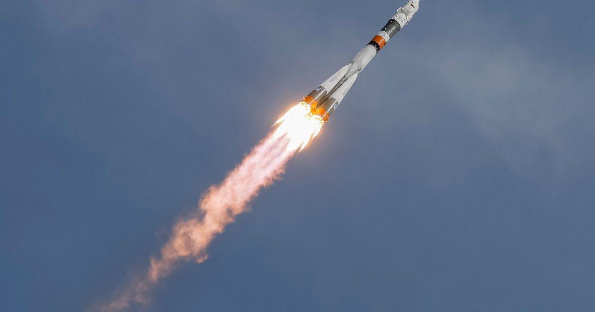Фото запуску космічного корабля