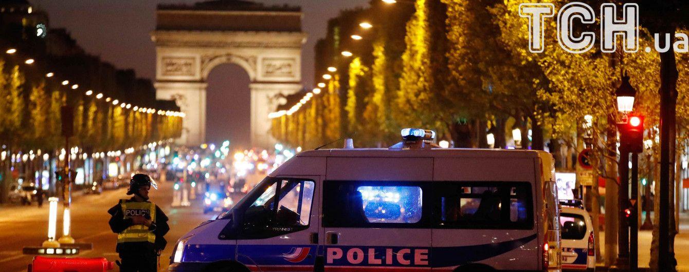 У Франції подовжили надзвичайний стан ще на кілька місяців