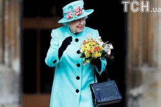 Украину поздравляют с Днем Независимости: Елизавета II пожелала счастья, а лидер Китая - могущества