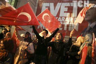 Туреччина вимагає безвізу із ЄС і погрожує припинити боротися із нелегальною міграцією