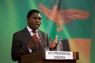В Замбии оппозиционера обвиняют в госизмене за то, что его конвой не пропустил кортеж президента
