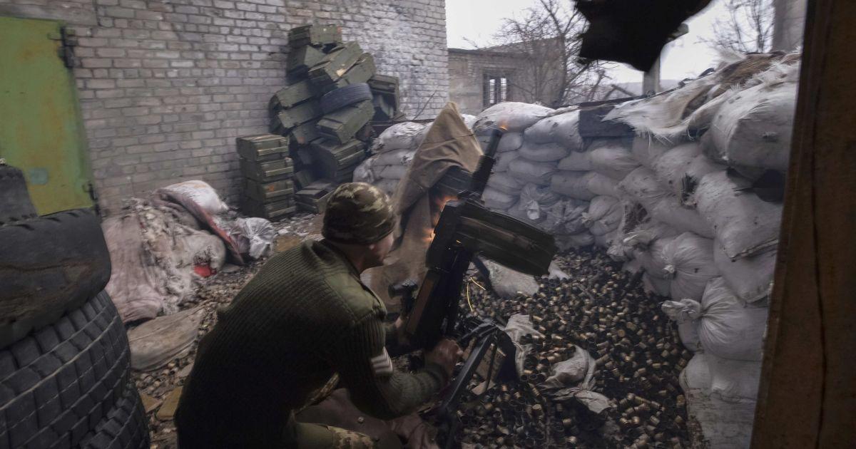 Боевики обстреляли позиции украинских военных под Авдеевкой, есть раненые