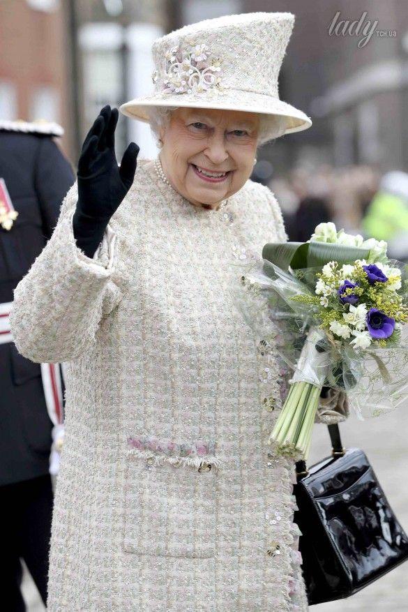 Королева Елизавета II_9