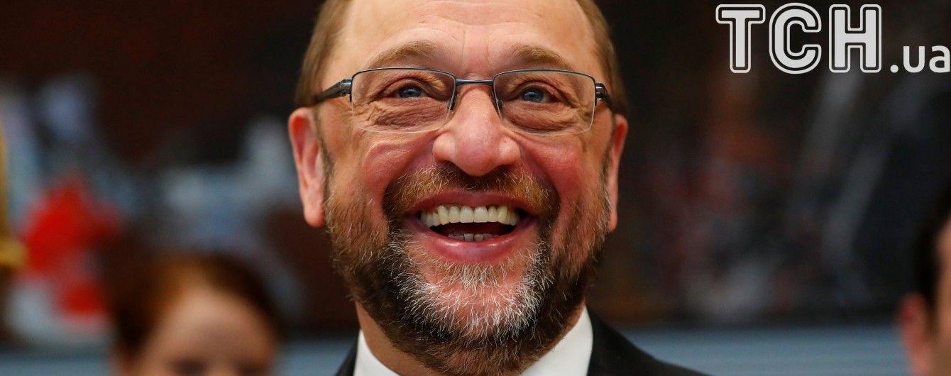 Чемпион Европы. Что надо знать о главном конкуренте Меркель в Германии