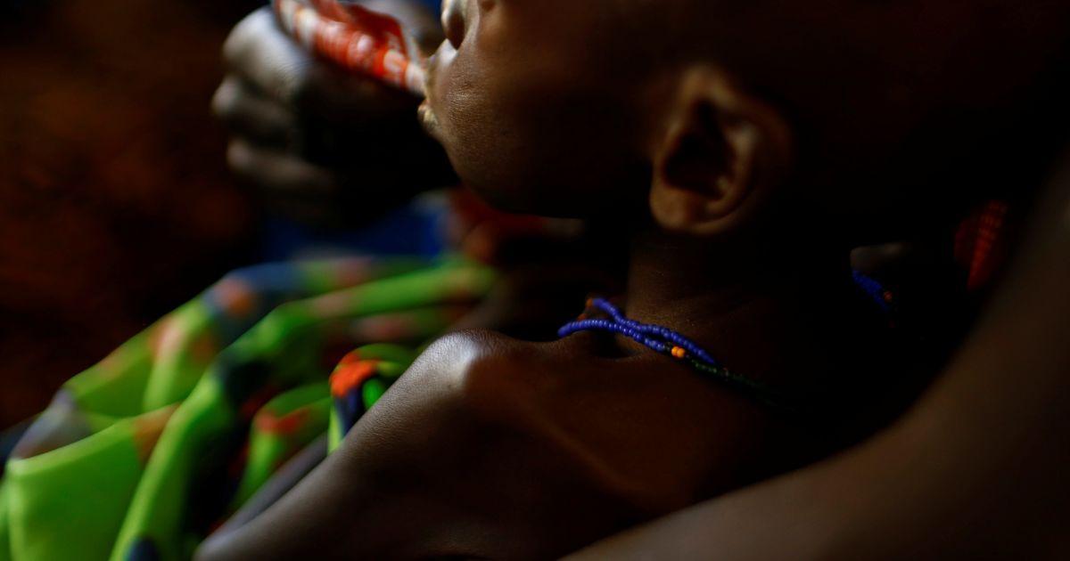 На грани голода находится около миллиона жителей. По данным ЮНИСЕФ, из них — более 250 тысяч детей @ Reuters