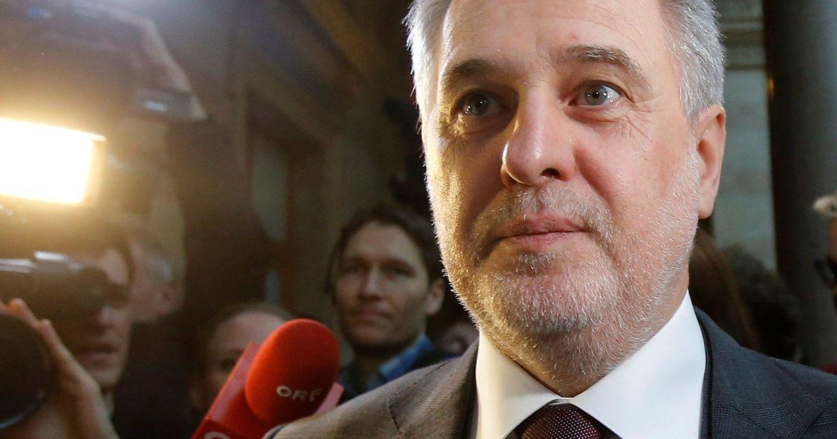 Уклонение от налогов: ГПУ взялась за предприятия Фирташа