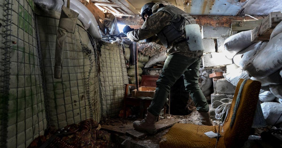 Атака под Водяным, артобстрел возле Лебединского и трое погибших бойцов. Дайджест АТО
