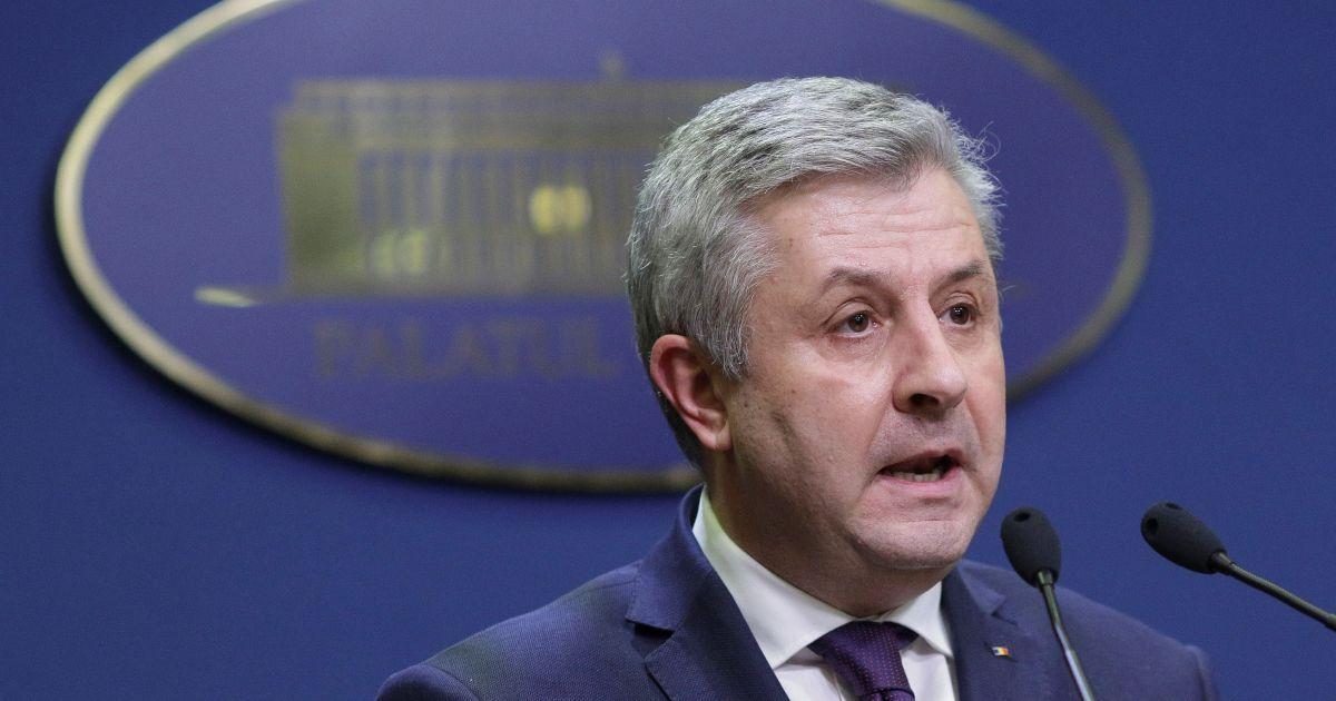 """Румунський """"майдан"""" досяг відставки міністра юстиції, однак не згортає протест"""