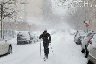 КГГА просит киевлян не ездить на собственных авто во время снегопадов