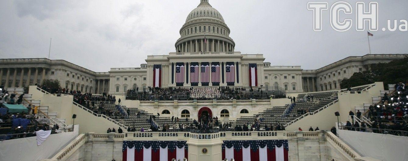 Расследование о вмешательстве РФ в выборы в США проверит вопрос о предоставлении Украине летального оружия