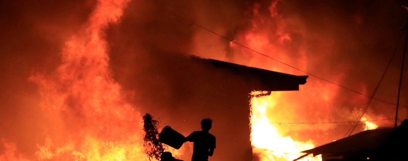 В США произошел мощный взрыв на заводе, есть погибшие