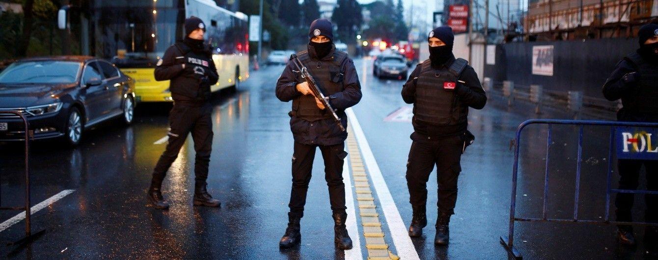 В Стамбуле задержали восемь человек по подозрению в кровавом теракте в новогоднюю ночь – СМИ