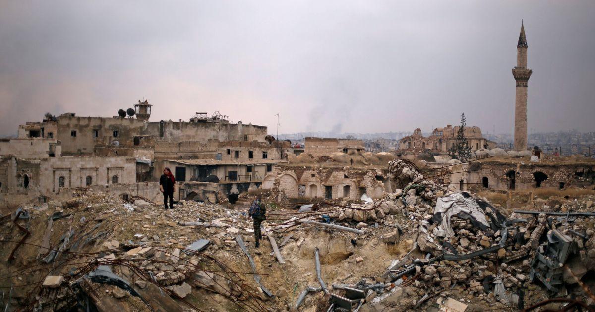 """Сирийская армия заявила об освобождении от террористов """"Исламского государства"""" провинций Алеппо, Идлиб и Хама"""