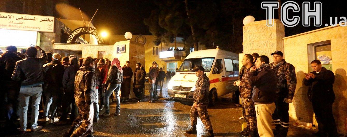 У Йорданії бойовики обстріляли поліцейських та захопили заручників у середньовічному замку