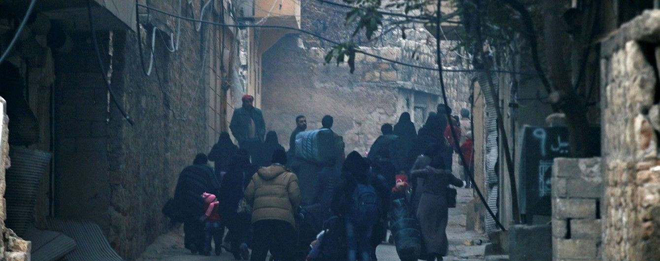 Губернатор Алеппо заявив про повне припинення вогню в місті