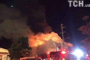 Пожар на складе в США: девять человек сгорели заживо, под завалами могут находиться еще до 40 жертв