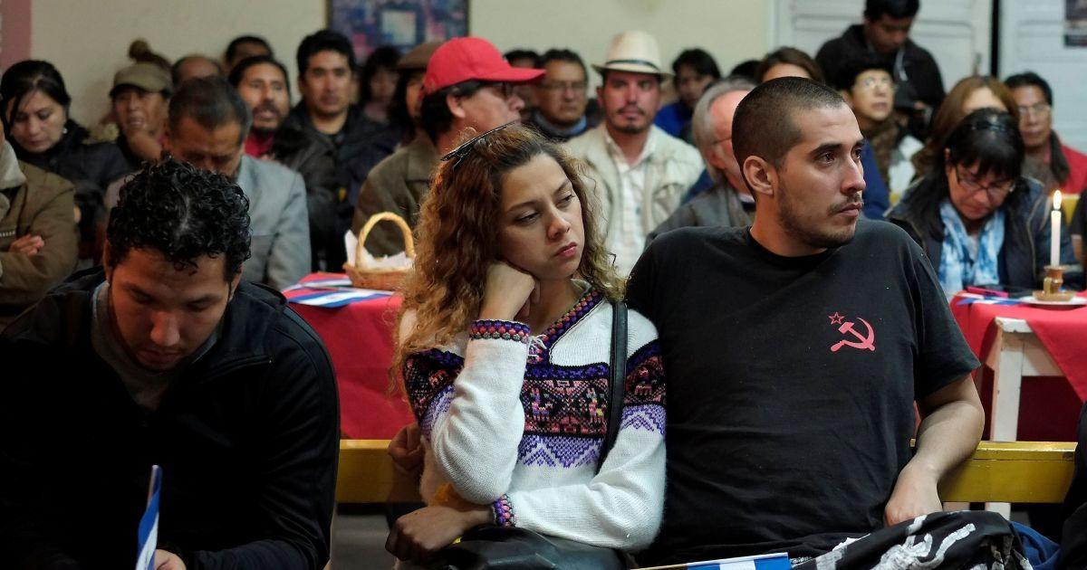 Сторонники Кастро собрались и в Боливии @ Reuters