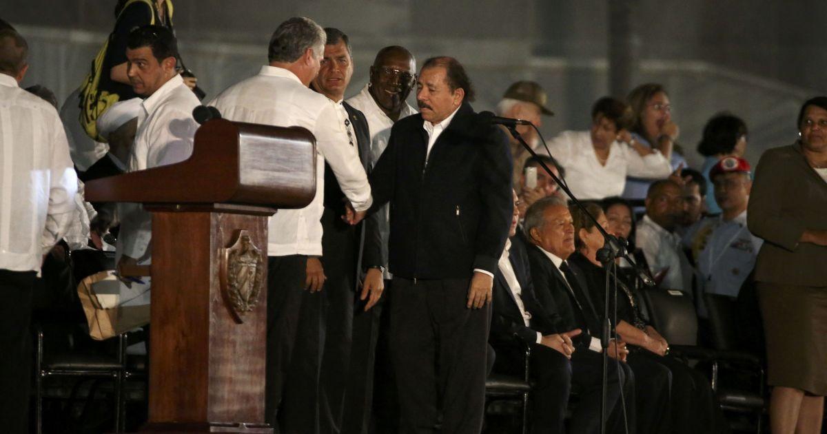 Лідери південноамериканських країн приїхали вшанувати пам'ять лідера Куби @ Reuters