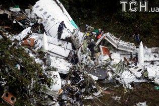 Вцілілі після катастрофи колумбійського літака розповіли про останні хвилини перед трагедією