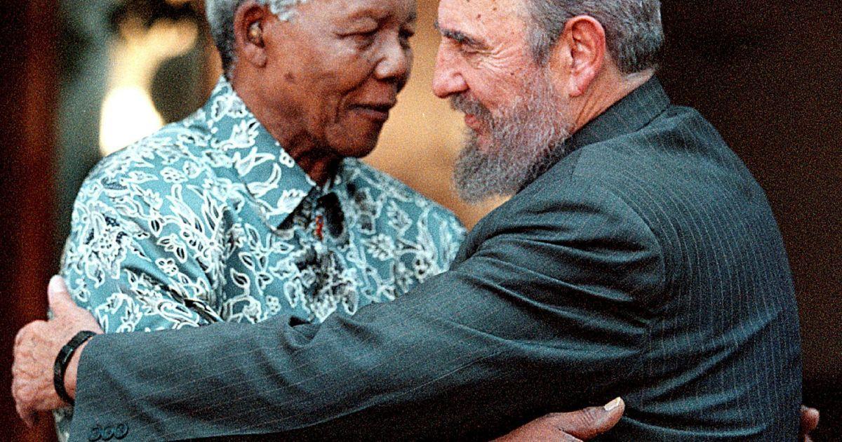 С первым президентом ЮАР Нельсоном Манделой