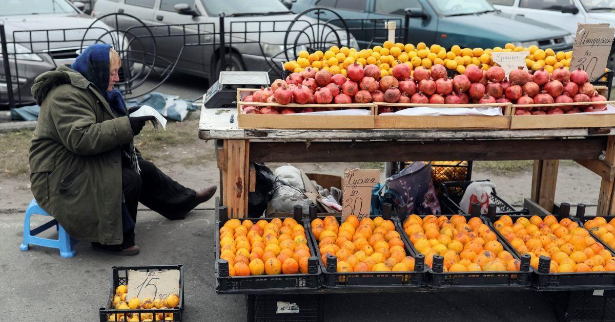 """Росія """"допомогла"""" знизити ціни на імпортні фрукти й овочі в Україні"""