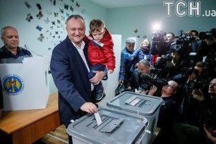 Президентські вибори в Молдові. Що чекати Україні від голосування сусідів