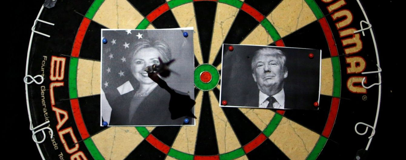 """""""Білий дім жахів"""": західні видання показали ставлення до Трампа у красномовних обкладинках"""