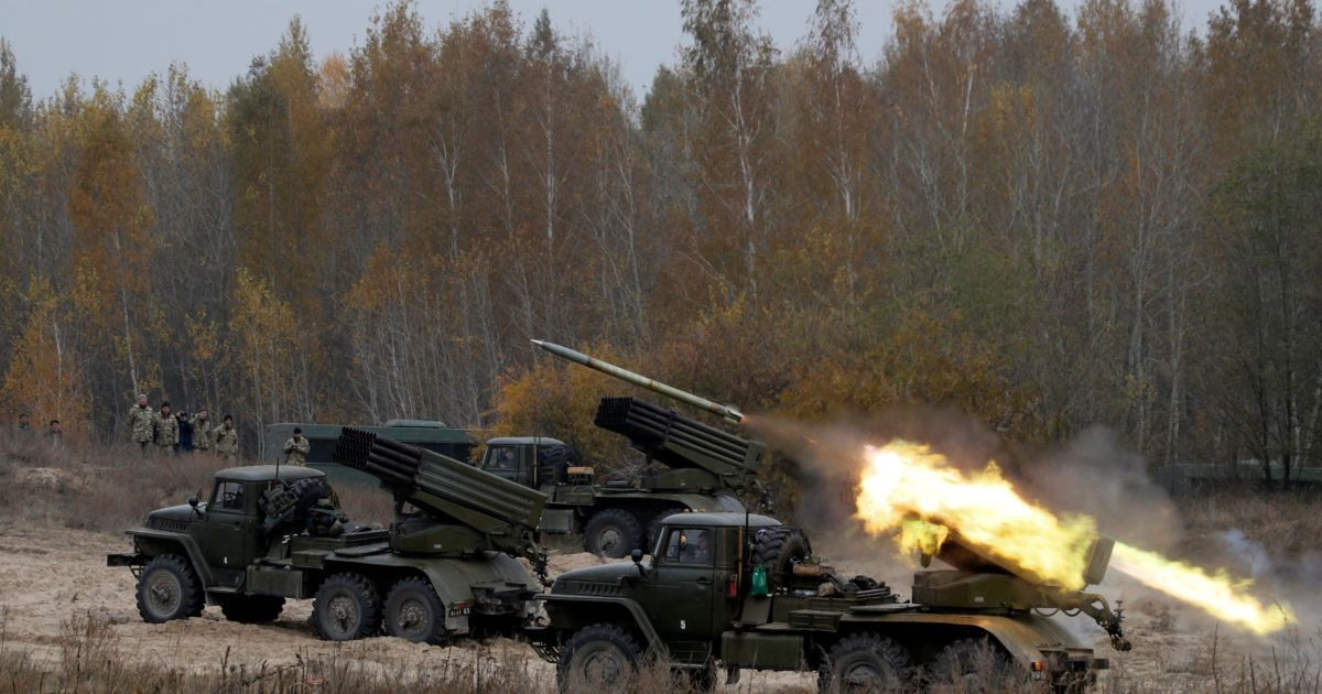 Украина отправит двух наблюдателей на военные учения в Беларуси при участии РФ