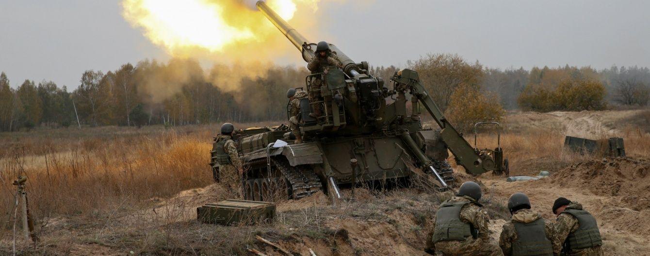 На Луганщині поранено одного українського військовослужбовця, обстріли бойовиків тривають