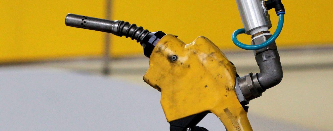 Цена на бензин не будет расти. В Украине будут производить собственное более дешевое топливо