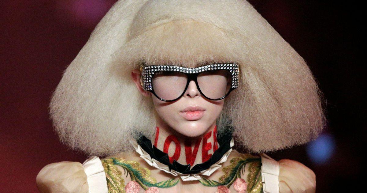 Модель на показі колекції Gucci під час Тижня моди у Мілані, Італія. @ Reuters