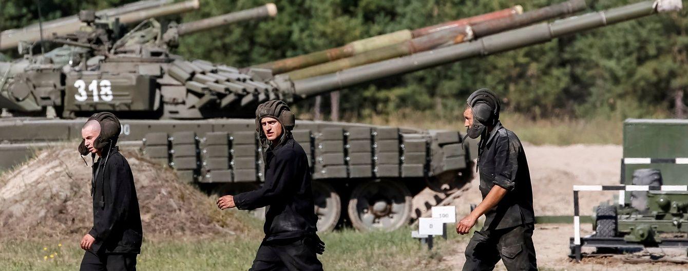 На околицях Золотого відбулося розведення військ