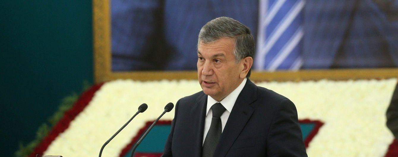 В Узбекистані визначилися із тимчасовим наступником  Карімова