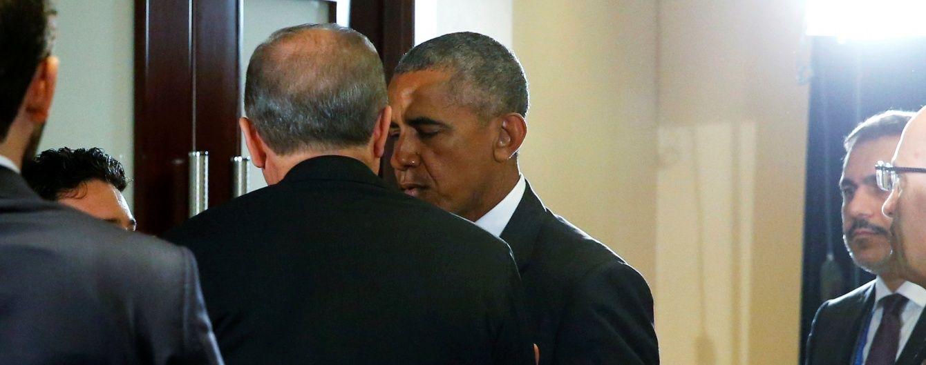 Обама та Ердоган за зачиненими дверима обговорили пошуки організаторів держперевороту в Туреччині