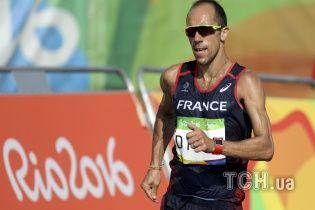 Француз несмотря на диарею геройские дошел до финиша на олимпийской дистанции в 50 километров