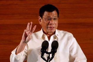 Президент Филиппин зявил, что он собственноручно застрелил троих наркоторговцев