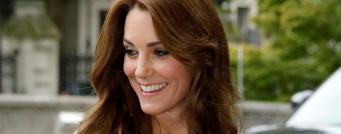 Самая стильная британка: герцогиня Кембриджская обогнала в рейтинге поп-звезд