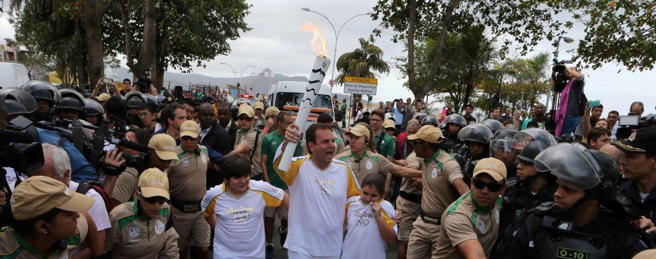 У день відкриття Олімпіади Ріо-де-Жанейро патрулюють 80 тисяч силовиків і бронетехніка