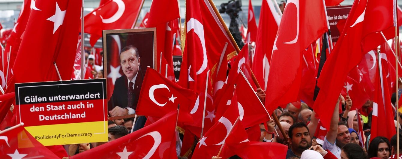Греція відмовила в передачі підозрюваних у спробі держперевороту в Туреччині