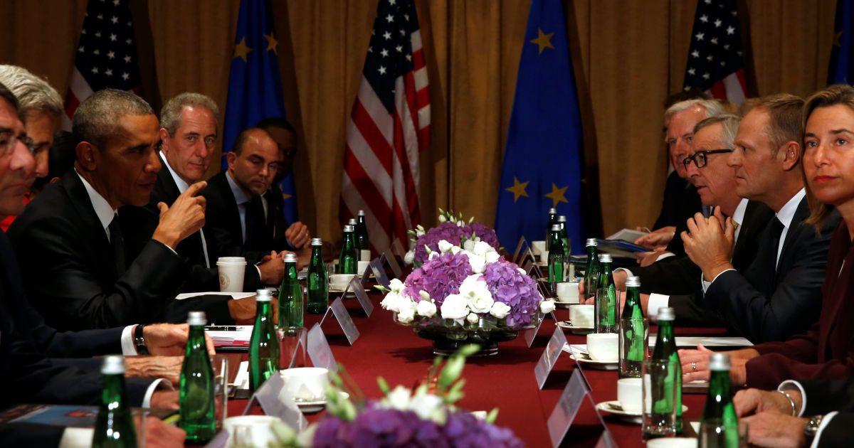 Президент США Барак Обама зустрічається з президентом Європейської комісії Жаном-Клодом Юнкером, президентом Європейської ради Дональдом Туском і Високим представником Європейського союзу Федерікою Могеріні