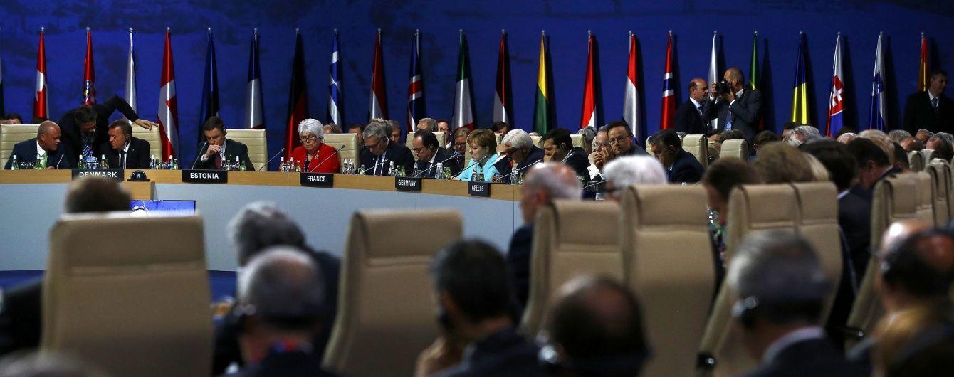 Росія і Україна стали головними темами саміту НАТО у Варшаві