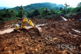 В Индонезии количество погибших из-за наводнений и оползней достигло полусотни человек